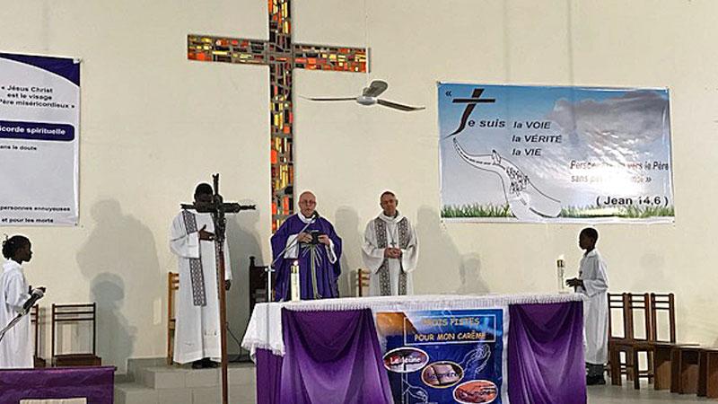 Heilige Messe. © Erzbischof Dr. Ludwig Schick